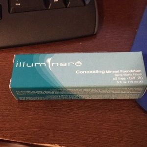 🆕🆕 Illuminare concealing mineral foundation
